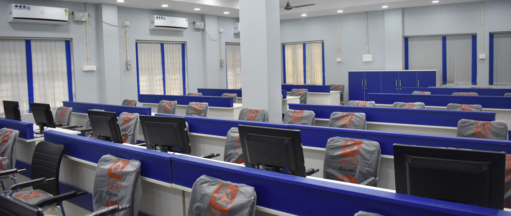 MG University-School of Computer Science-Lab